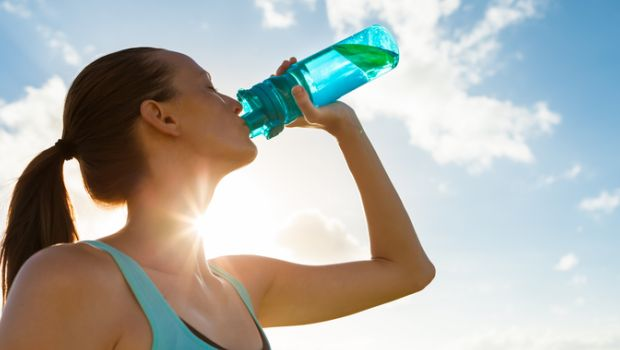 What Happens When You Drink Only Water For a Week